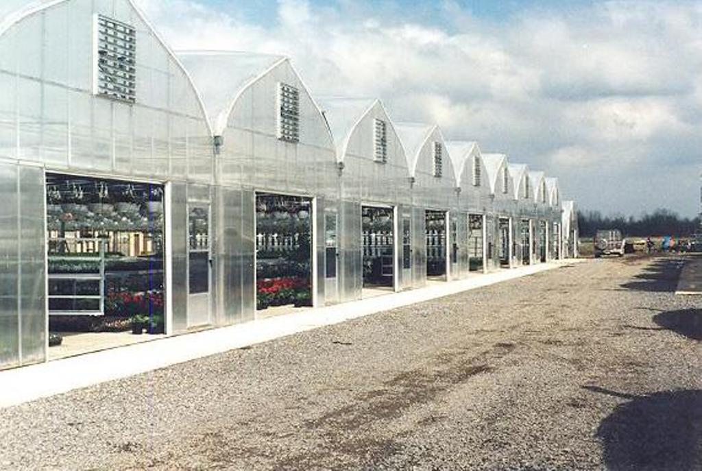 Greenhouses/HerculonGutterConnectGreenhouse2.jpg